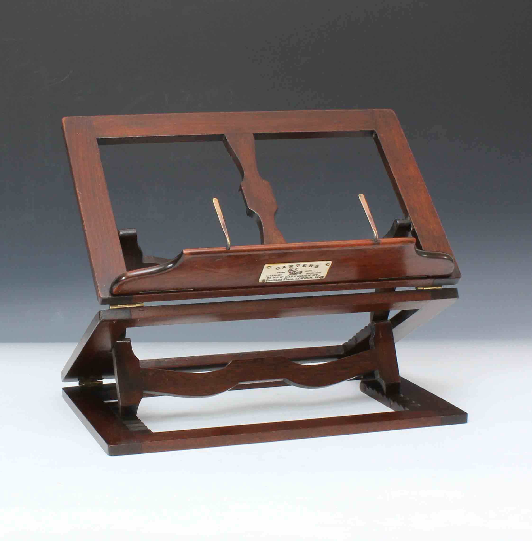 9285 early 20th century mahogany table top double jointed book