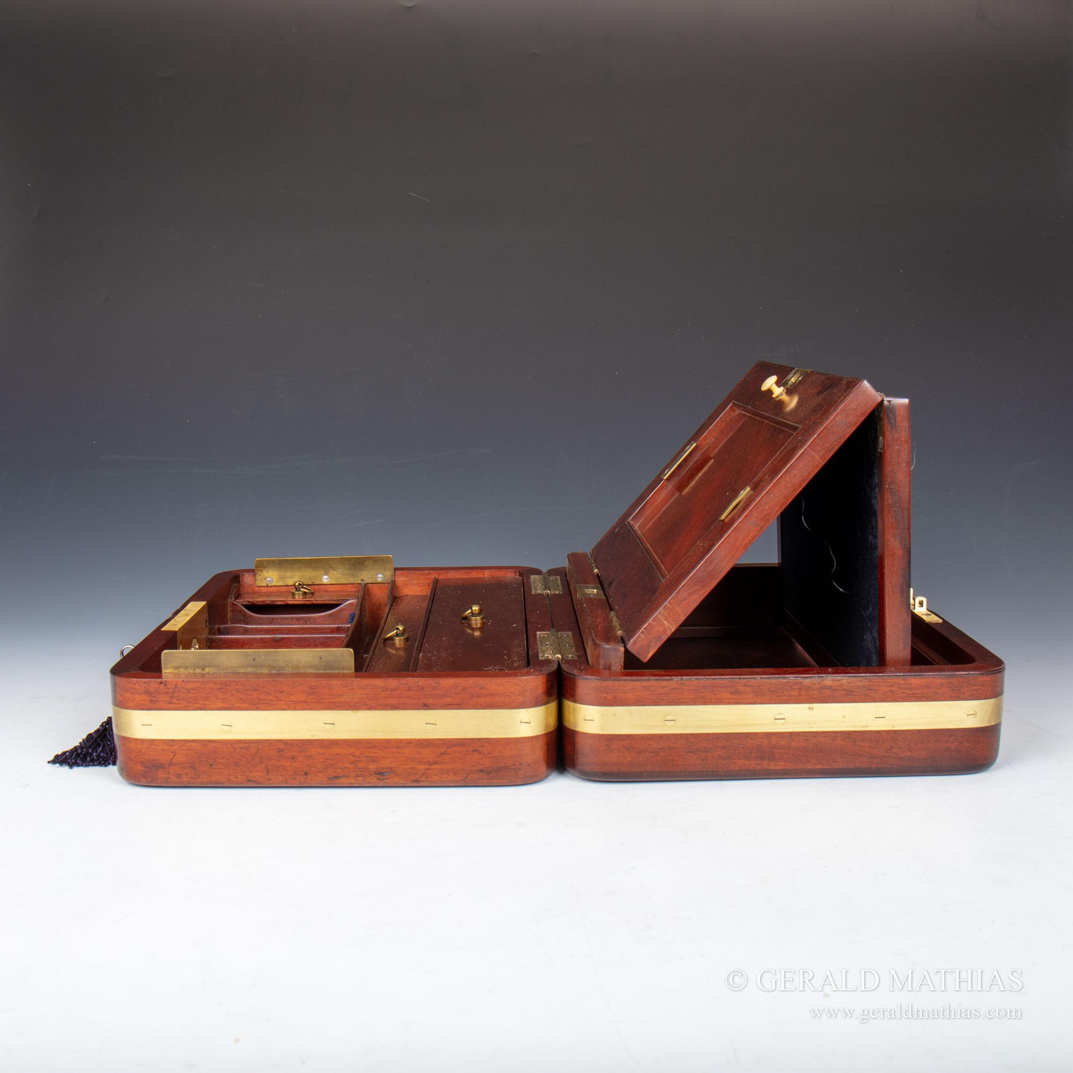 9974 An Early 19th Century Gentleman U2019s Brass Bound Flame
